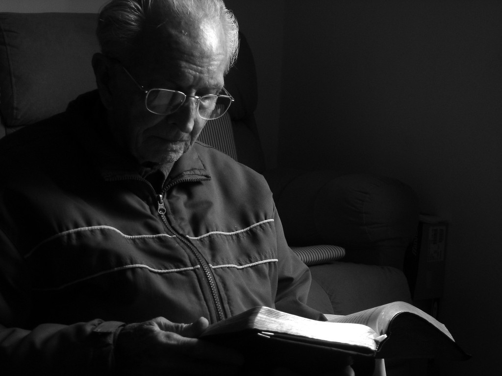 Was sagt die Bibel darüber, einsam und einsam zu sein?
